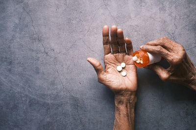 Hospitals offer alternative medicine to help them cope with death